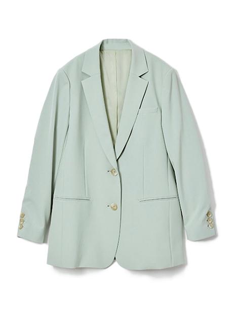 カラーが新鮮!テーラードジャケット